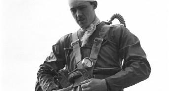Forgotten photos of UK diving pioneers found in New Zealand