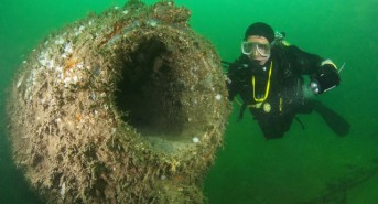 Hoist the Jolly Roger: Diving the wreck of the Holland 5