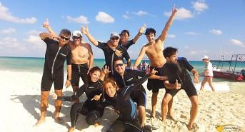 Pro-Dive-International-group-diving.jpg