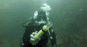 Scuba Diving Equipment Review: Narked at 90 Pathfinder GEN-4 Strobe (Watch Video)