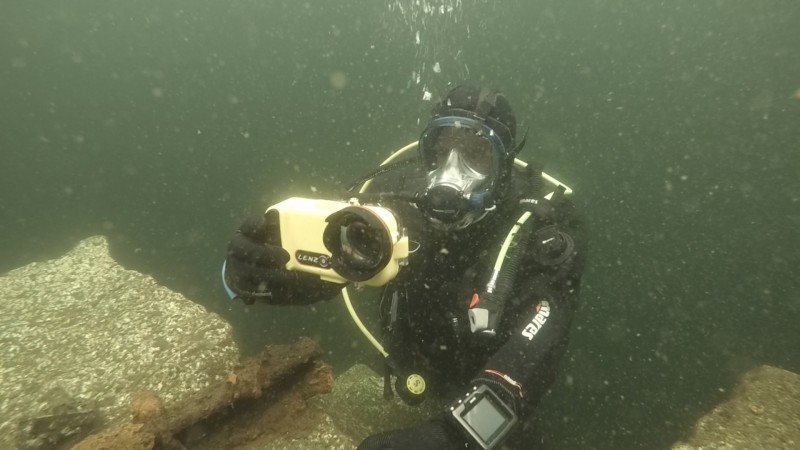 Scuba Diving Equipment Review: LENZO Underwater Housing for the iPhone 6, 6S and 7 (Watch Video)