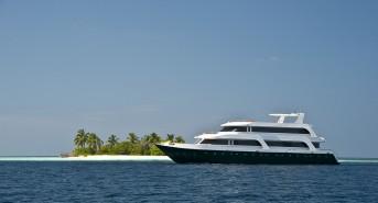 boat-1-Emperor-Leo.jpg