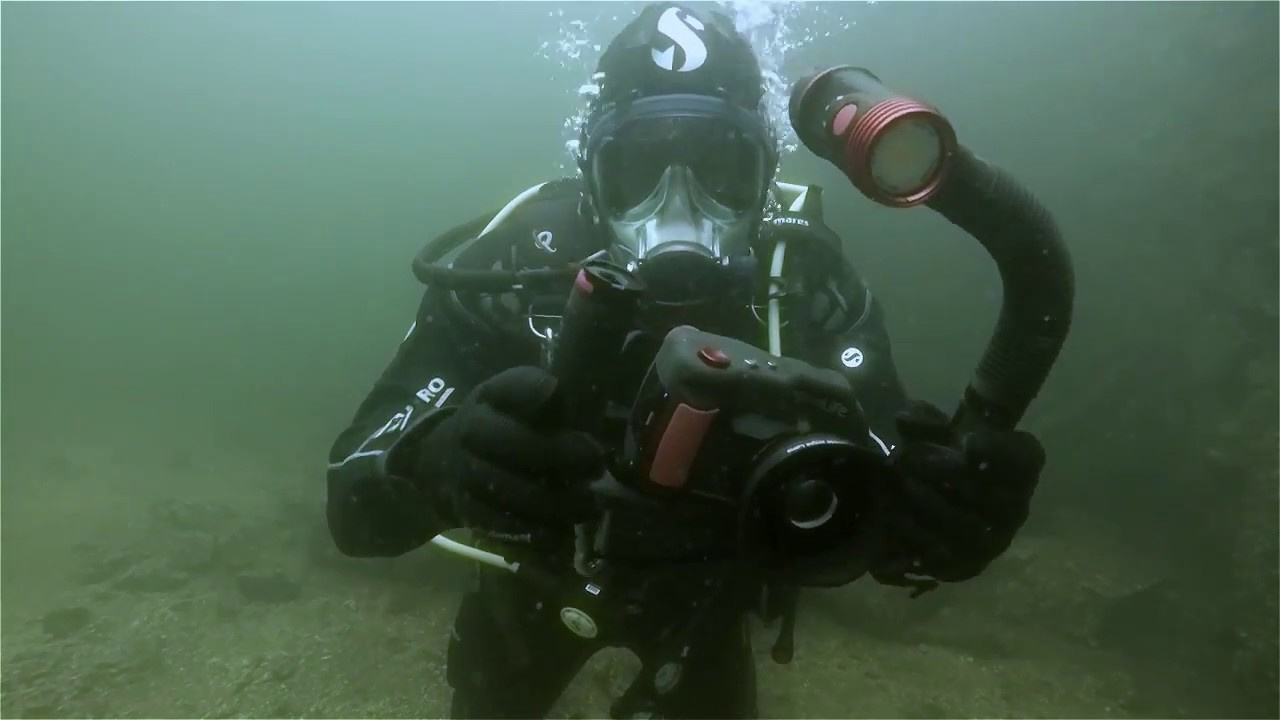 Canary Camera Review >> Underwater Camera Review: SeaLife DC2000 Camera & Sea Dragon 2500 Photo/Video Light (Watch Video)