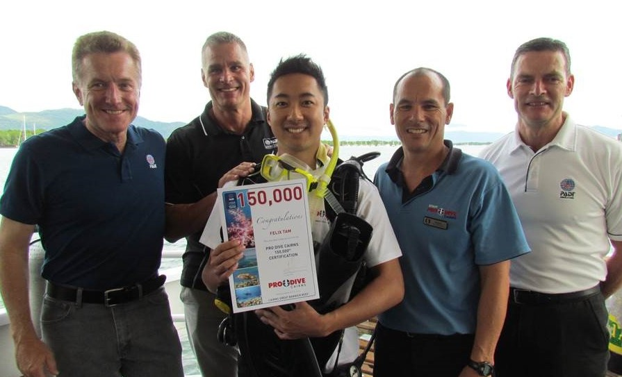 Pro dive cairns reaches their 150 000th padi certification - Pro dive cairns ...